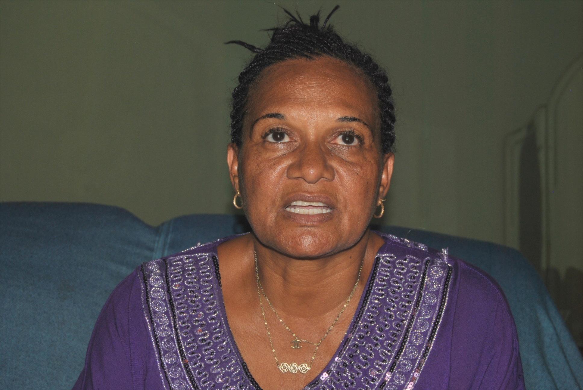 Dulce Neves - música guineense